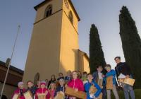 Rappeln in und vor der Kirche