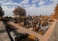 Friedhofsgang an Allerheiligen in Lülsfeld
